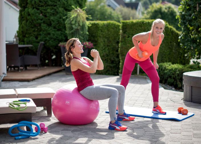 Hemmaträning med fitnessboll